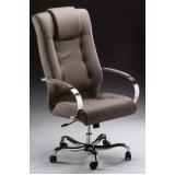 cadeira presidente preta Centenário