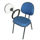 cadeira universitária estofada com prancheta Bucarein