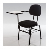 cadeira universitária estofada com prancheta escamoteável